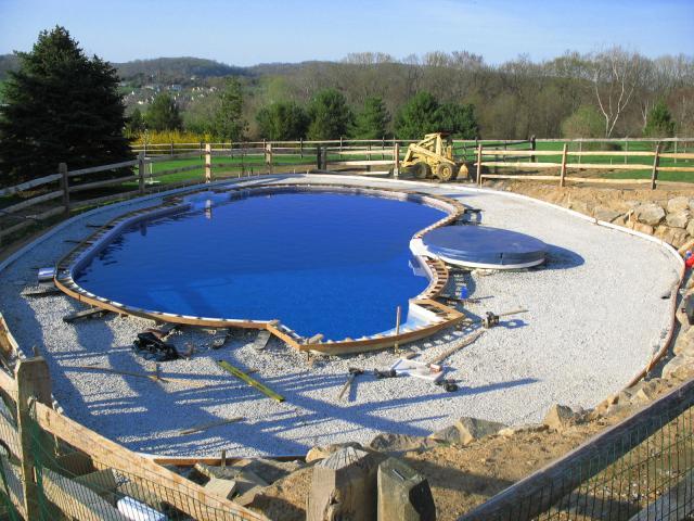 Процесс создания бассейна