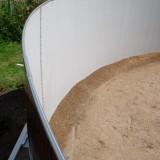 Выравнивание песком каркасного бассейна AZURO